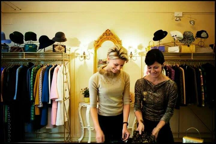 Vedela and Silvia, the two souls of Ivory-Vintage&Luxury