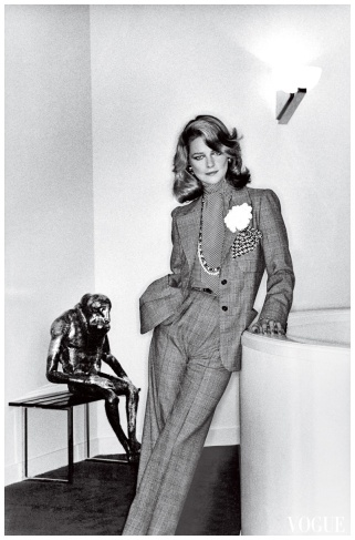 foto 7 charlotte-rampling-helmut-newton-vogue-january-1974
