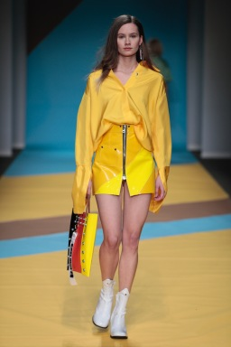 TRINHBECX, color-power at the Amsterdam MBFW